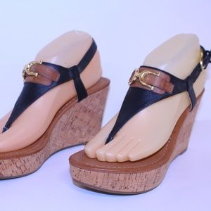 LIKE NEW TOMMY HILFIGER STRAPPY HEELS 7.M